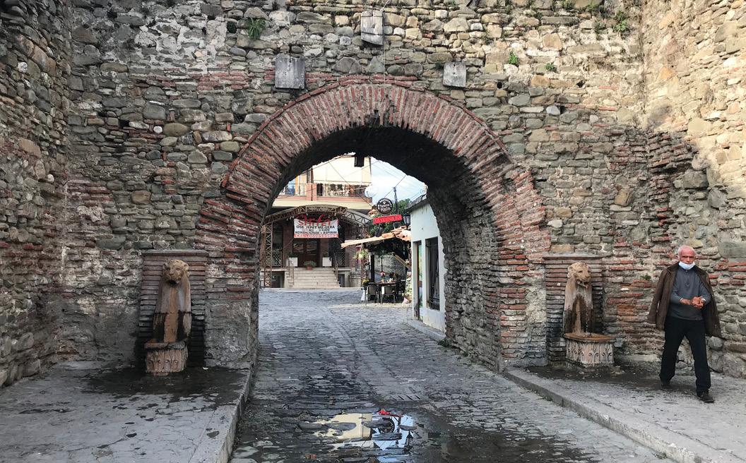 Hyrja e Kalasë së Elbasanit